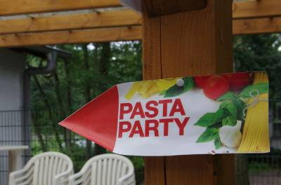 15.07.2012: Pasta-Party im Vogelpark - die Party kann beginnen
